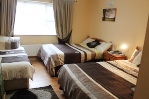 Bolands Dingle Accommodation Family Room